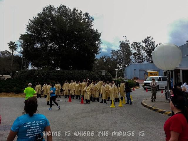 Gospel Choir inspires runners on final mile