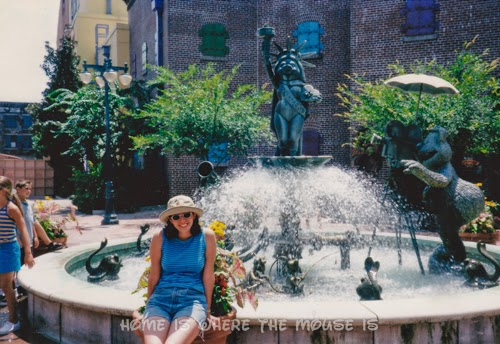 Lisa with MuppetVision 3D Fountain