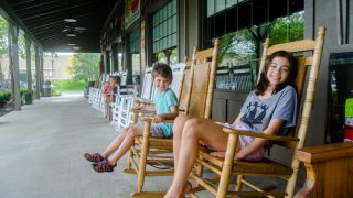 5 Reasons Cracker Barrel is Our Favorite Road Trip Restaurant