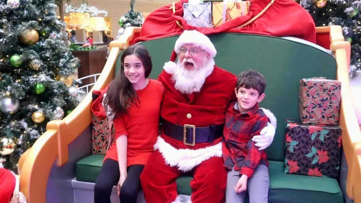 meeting santa at hgtv's santa hq