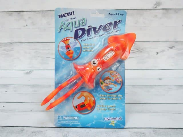 Aqua Diver Pool Toy with automatic timer