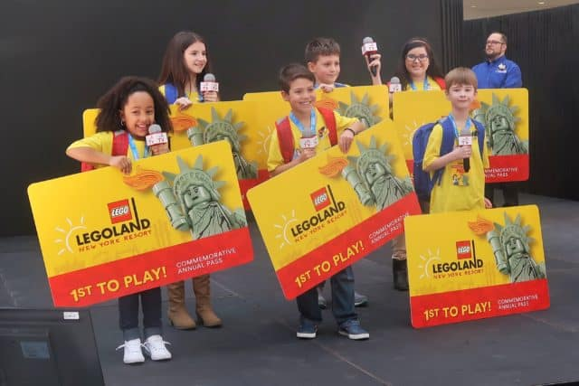LEGOLAND New York Kid Reporters were first to receive the new First to Play Pass