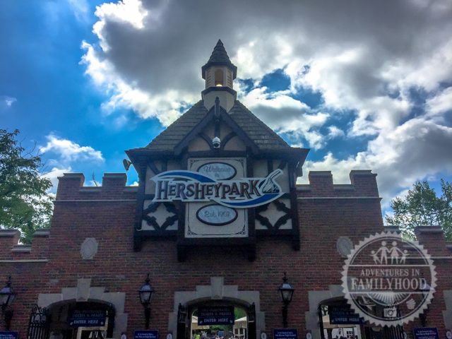 Hersheypark entrance
