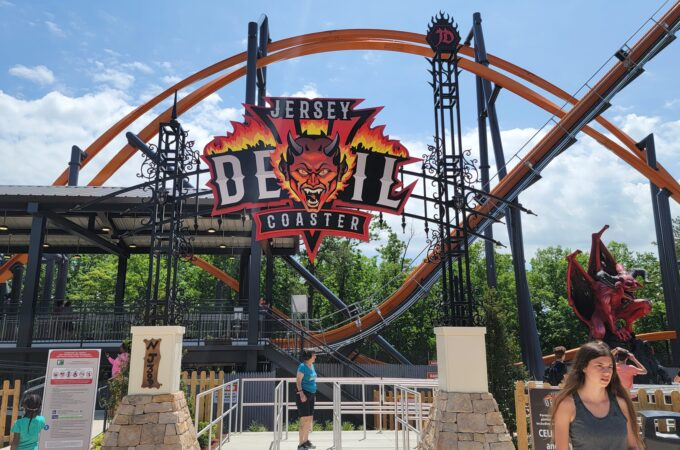 jersey devil coaster at six flags great adventure