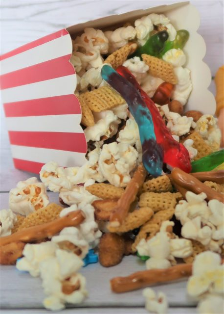 Woody's Road Trip Snack Mix Toy Story 4