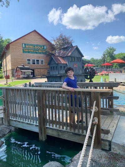 barnyard swing mini golf