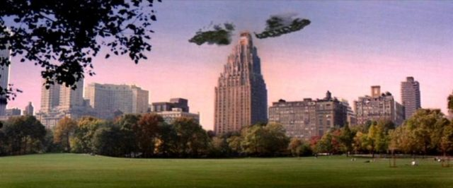 """scene from ghostbusters looking at haunted apartment building """"spook central"""" from central park"""