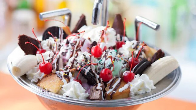 the famous kitchen sink sundae from Disney's Beaches & Cream Soda Shop